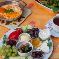 Süt Yumurta Reçel - Anadolu Yakası
