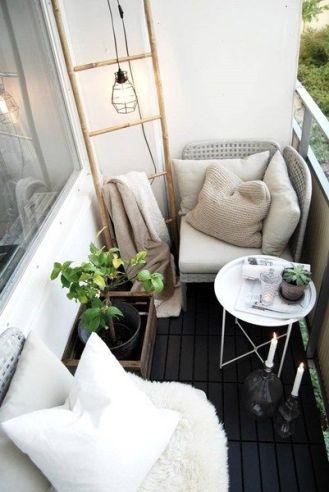 kucuk-bahce-balkon-tasarim-129