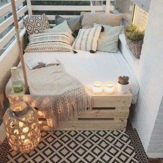 kucuk-bahce-balkon-tasarim-57