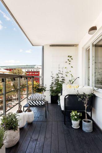 kucuk-bahce-balkon-tasarim-63
