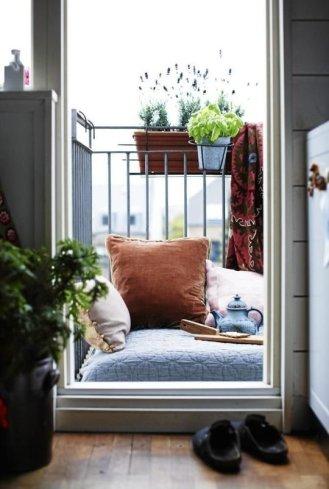 kucuk-bahce-balkon-tasarim-68