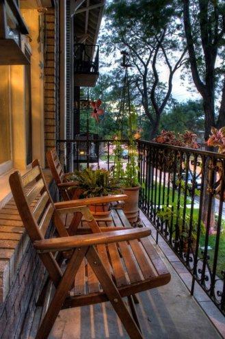 kucuk-bahce-balkon-tasarim-71