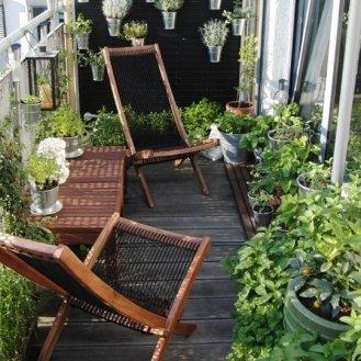 kucuk-bahce-balkon-tasarim-76
