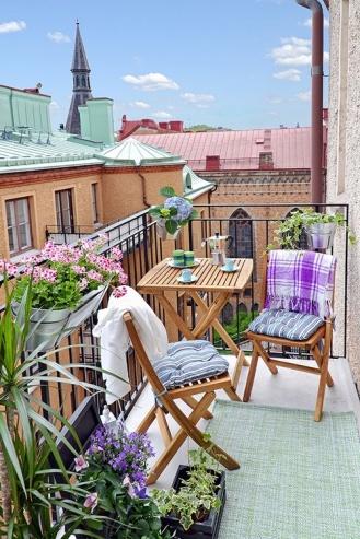 kucuk-bahce-balkon-tasarim-78