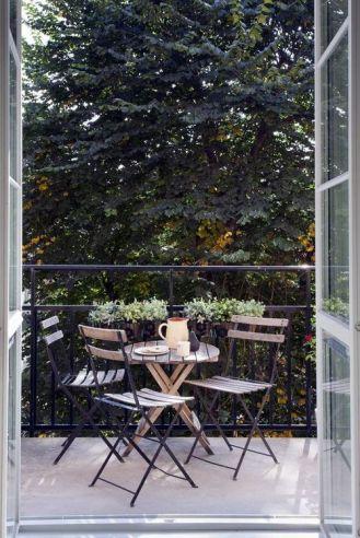 kucuk-bahce-balkon-tasarim-79