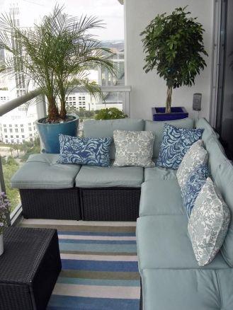 kucuk-bahce-balkon-tasarim-94