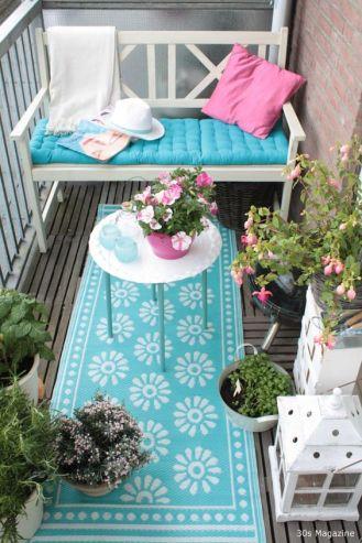 kucuk-bahce-balkon-tasarim-97